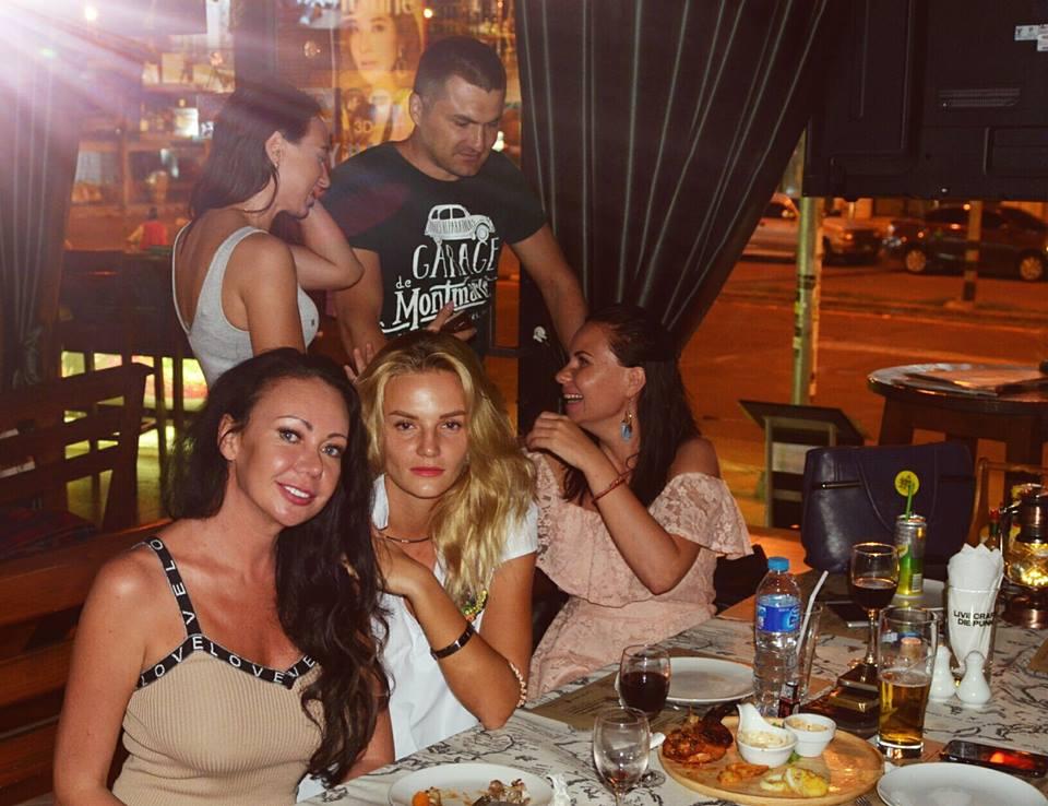 The Cove Pub, Pattaya