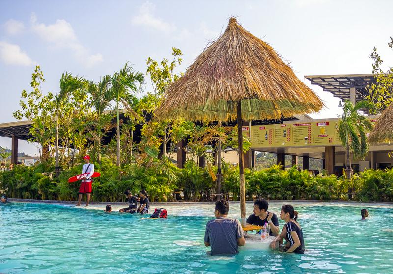 relax-pool-1jpg