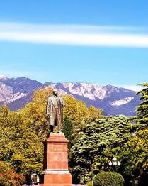 Statue of Lenin in Yalta