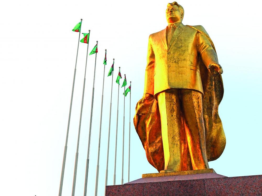 Statue of Turkmenbashi in Ashgabat, Turkmenistan