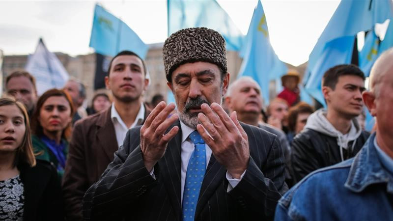 Crimean Tatars and Tatar Flags