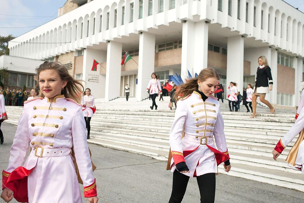 Women in Tiraspol, Transnistria