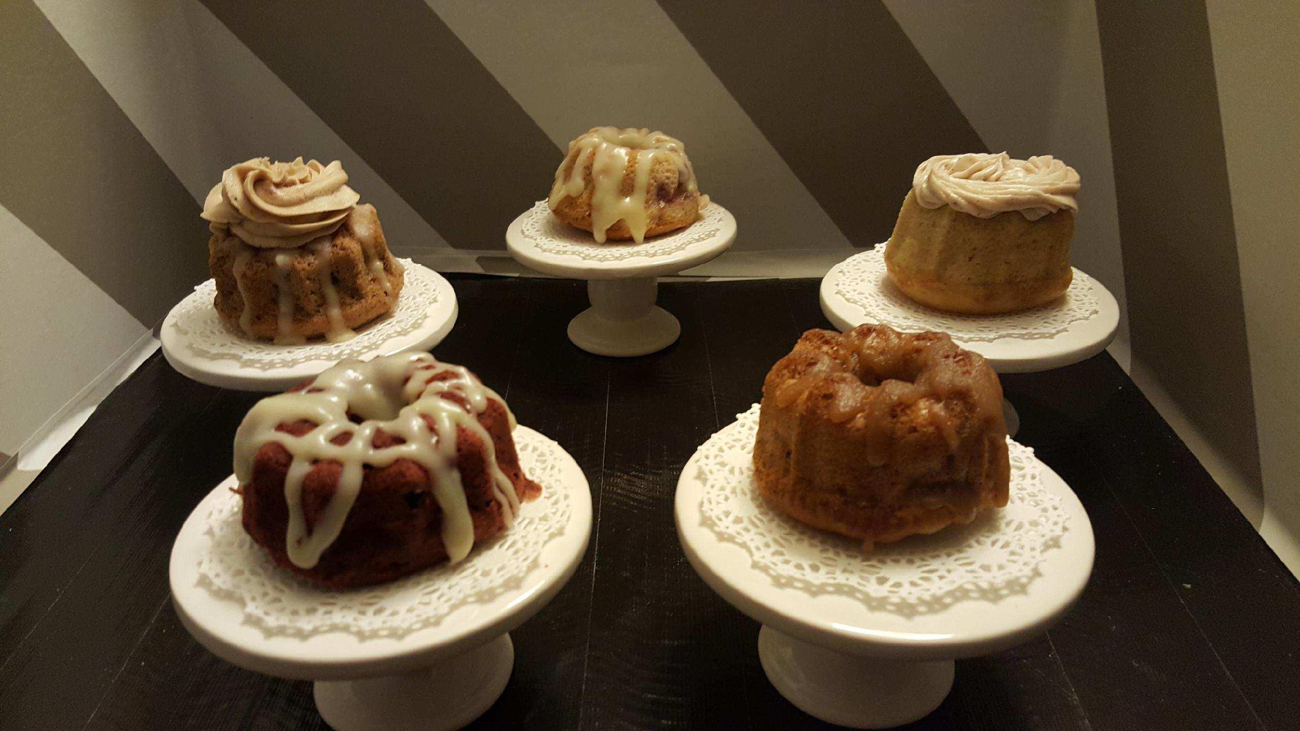 Mini Bundt Cakes 1