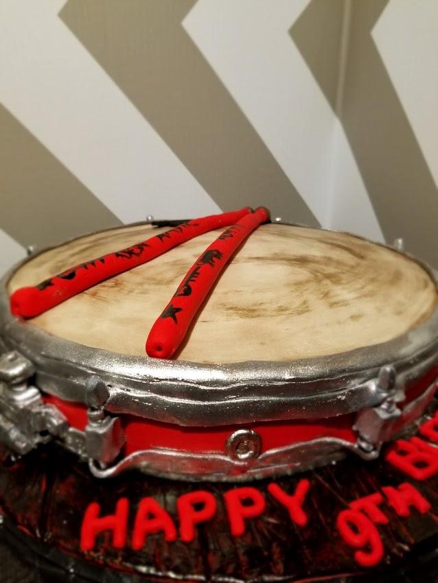 Snare drum cake 2