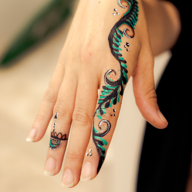 PHOTO OF THE WEEK: Henna Inspired Body Painting | Gold Coast Face ...