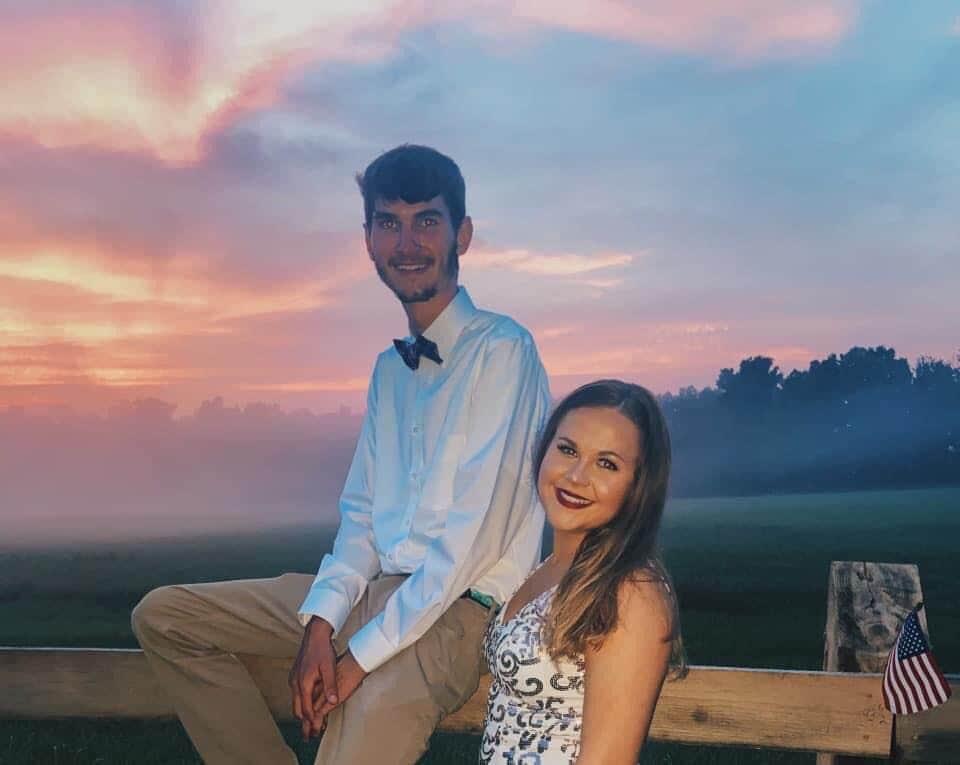 Prom on fence - nice background.jpeg