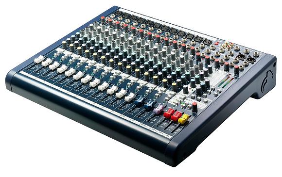 Mfx 12 Soundcraft - 1 dag huren