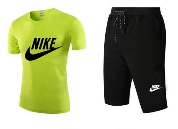 Nike vīriešu treniņtērps šorti + T-krekls
