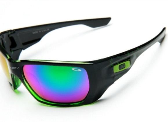 Oakley sporta saulesbrilles