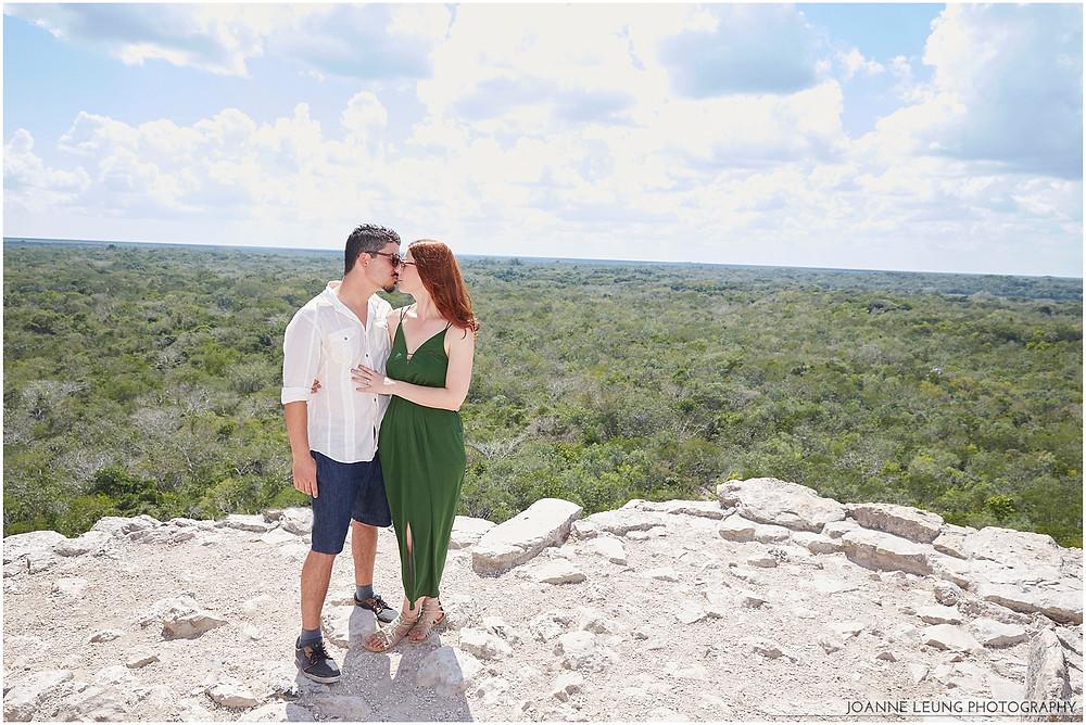 couple kissing Ixjoma pyramid