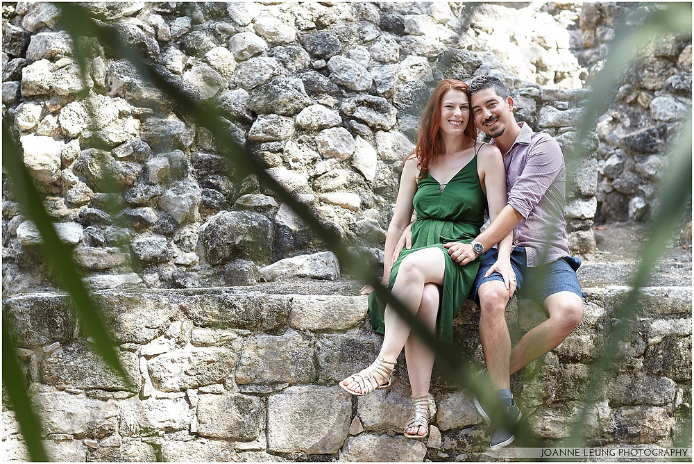 engagement photography in tulum pyramid