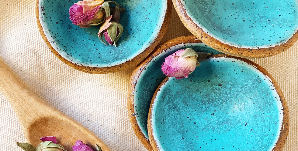 tiny bowl set in turquoise