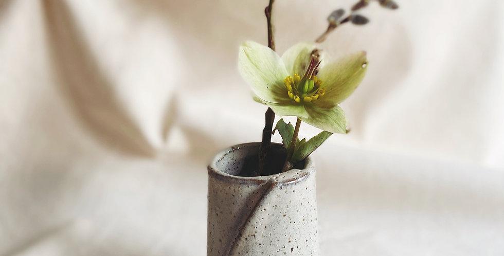 mini vase in buckwheat