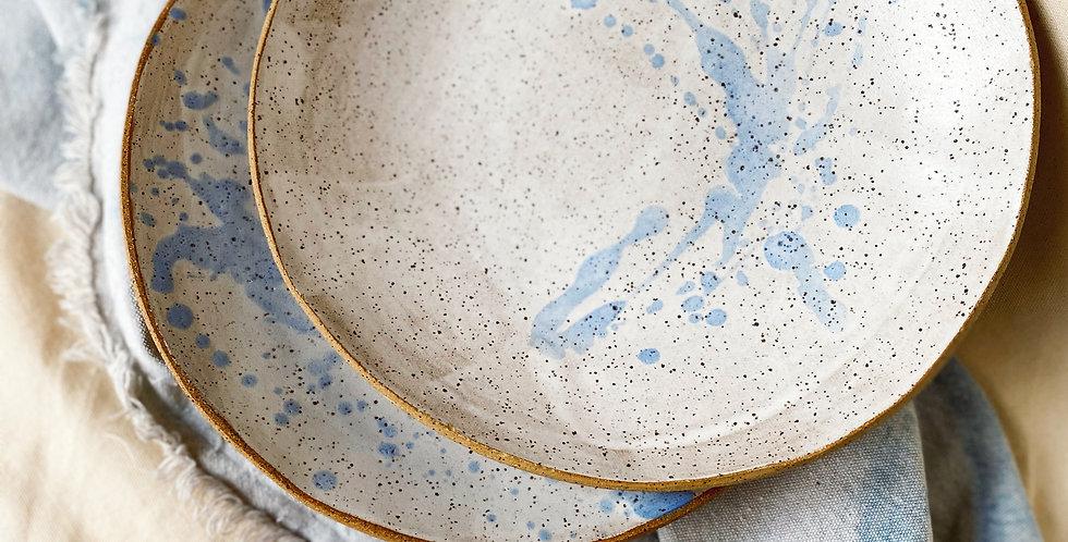 blate set in white satin+ blue splatter
