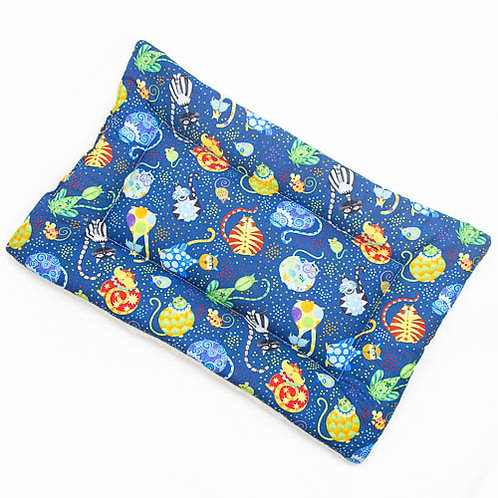 Catmosphere Printed Cotton - Quilted Crate Pad