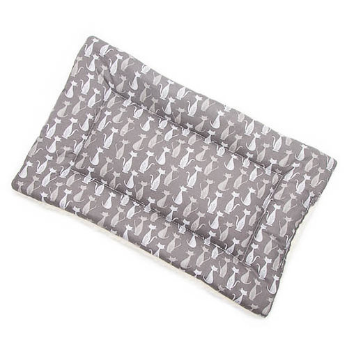 Silhouette Gray Cats Printed Cotton Fabric - Quilted Crate Pad