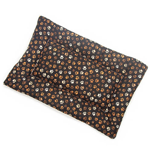 Muddy Paws Printed Cotton Fabric - Quilted Crate Pad