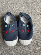 Worn once Jojo Maman canvas shoes sz 6