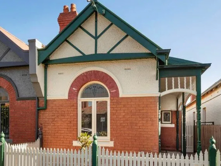 Melbourne auctions: Older homes in 'sought-after' pockets sell big