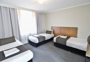 King triple room