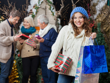 Tips for Helping Your Senior Avoid Crime While Holiday Shopping