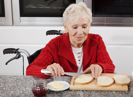 Why Are Smaller Meals a Better Option for Your Aging Adult?