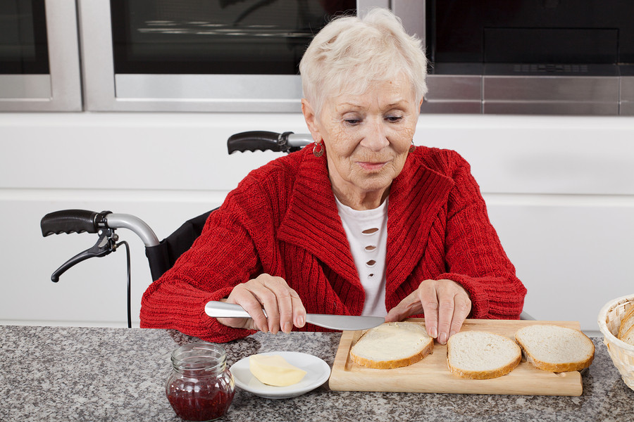 Home Care in Brunswick OH: Eating Smaller Meals