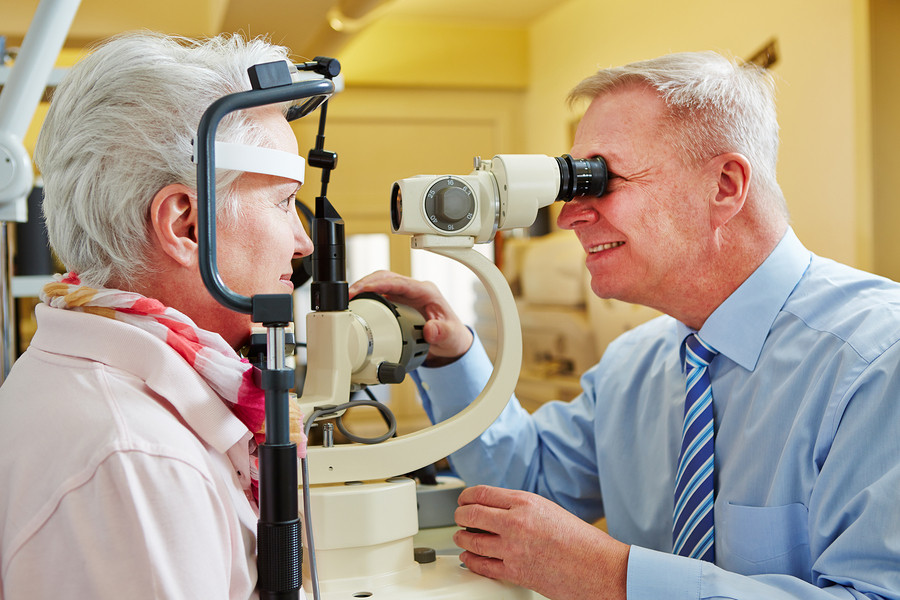 Elder Care in Brunswick OH: Helping Seniors with Vision Problems