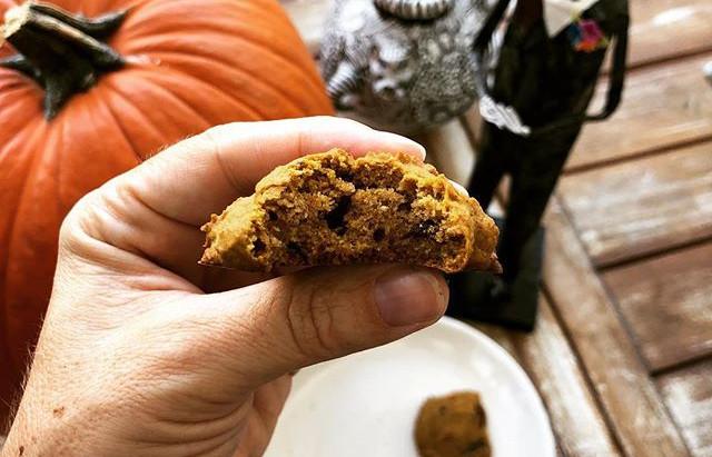 P U M P K I N chocolate chunk cookies