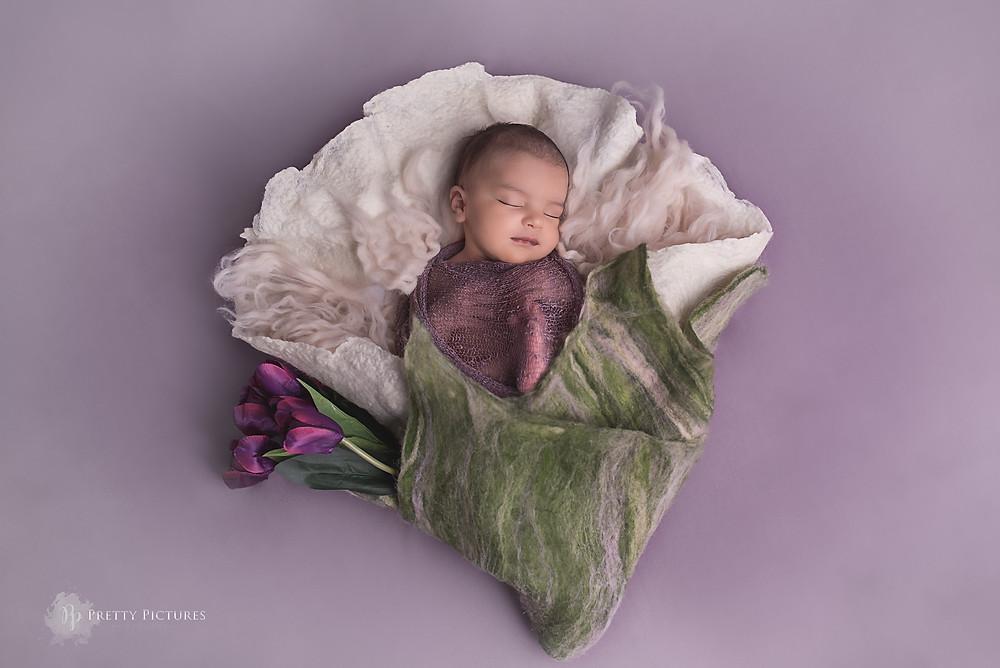 Newborn Photoshoot, within 15 days after birth