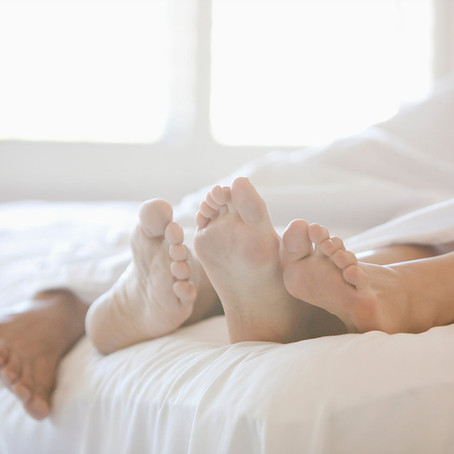 Two Useful Behaviors of the Feet