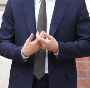Joe Navarro body language expert