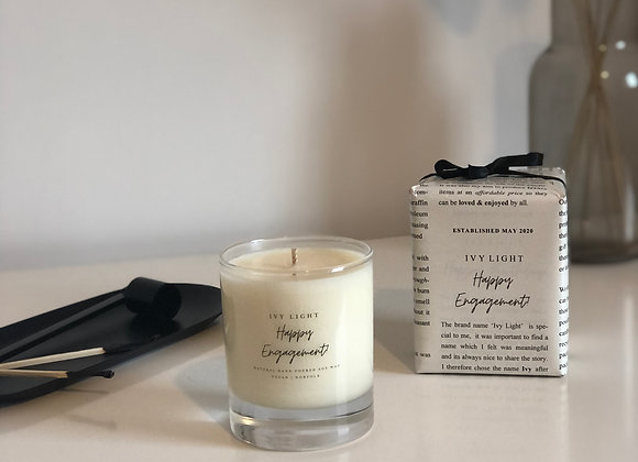 Ivy Light 'Happy Engagement' Candle
