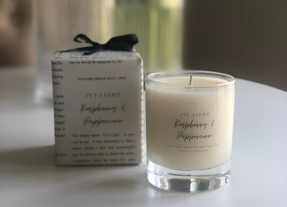 Ivy Light Candle in Raspberry & Peppercorn
