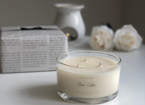 Ivy Light 3 Wick Candle in Clean Cotton