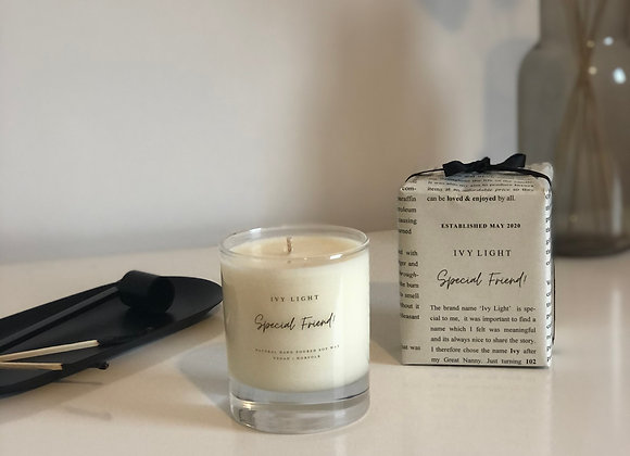 Ivy Light 'Special Friend' Candle