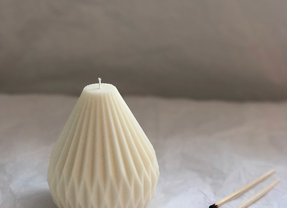 Ivy Light Pear Pillar Candle