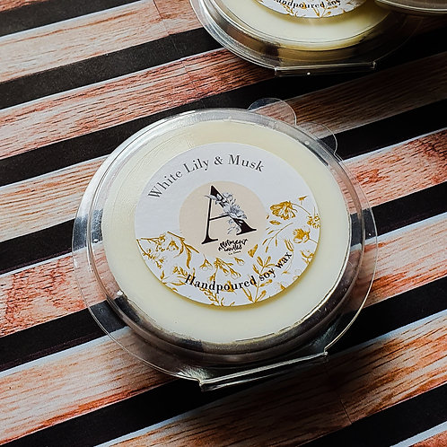White Lily & Musk soy wax melt