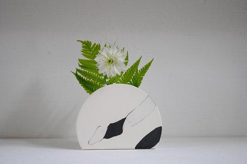 Sunrise Vase in Black and White Stoneware