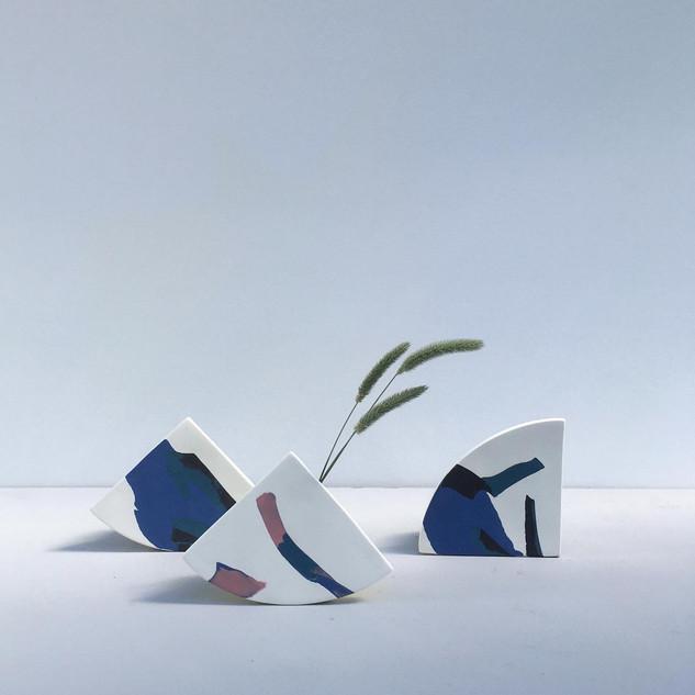 Shape vases