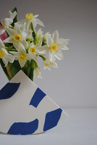Minimal Blue and White pottery vase, for dried or fresh flowers.