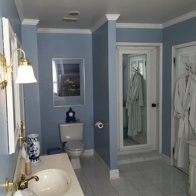 Wedgewood Bathroom