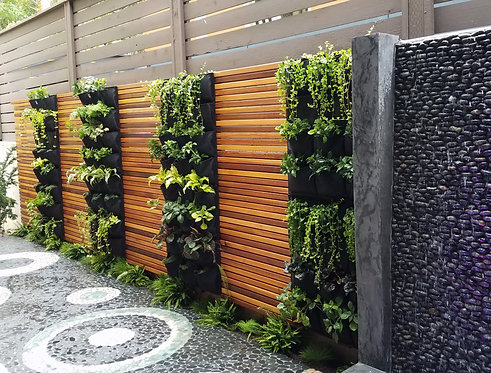 12 Pocket Outdoor Vertical Living Wall Planter