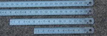 biegsamer Stahlmaßstab