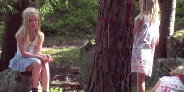 Video: Barføtt