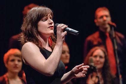 Sara Binet Sängerin Jazzchor Freiburg