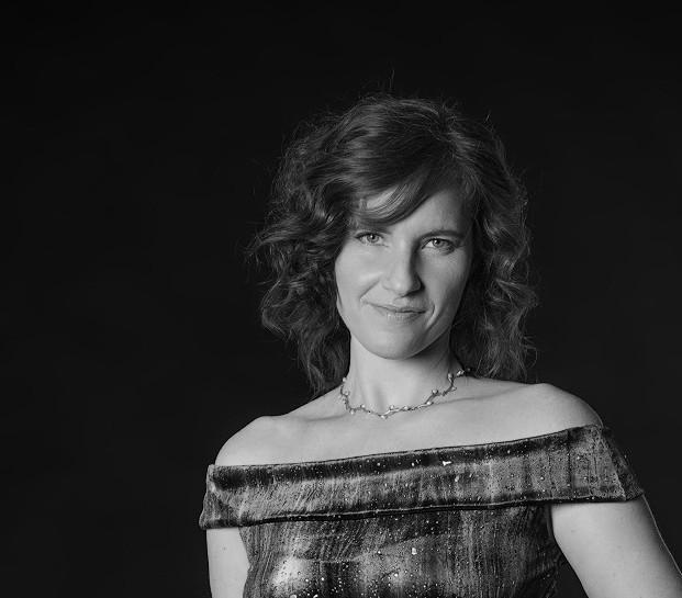 Sara Binet Hochzeitssängerin