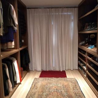 Cortina Closet