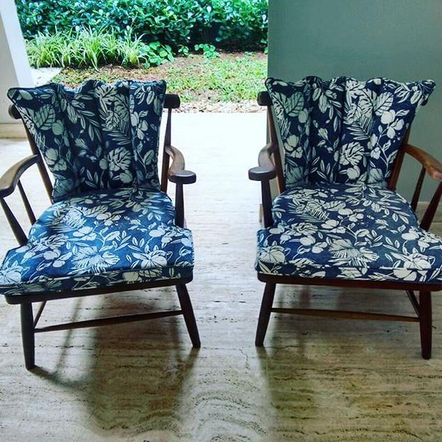 Troca de Revestimento Cadeiras