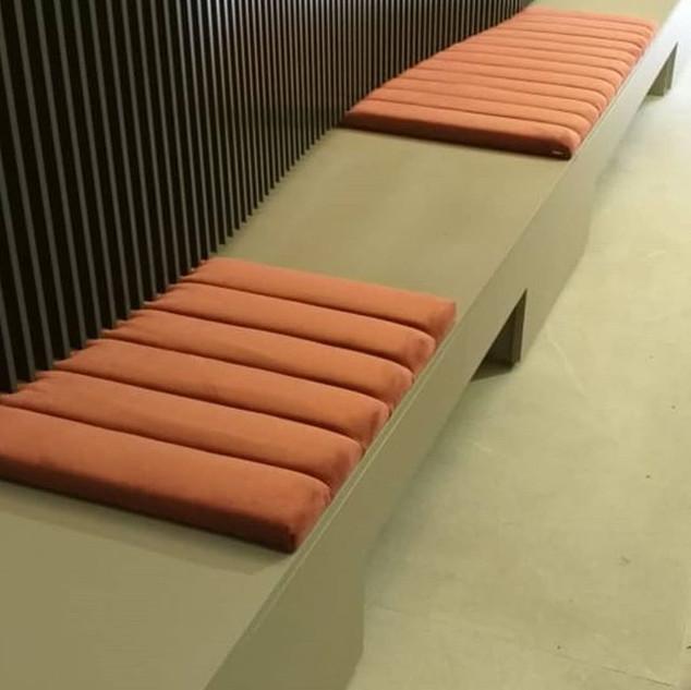 Assentos Estofados Offner